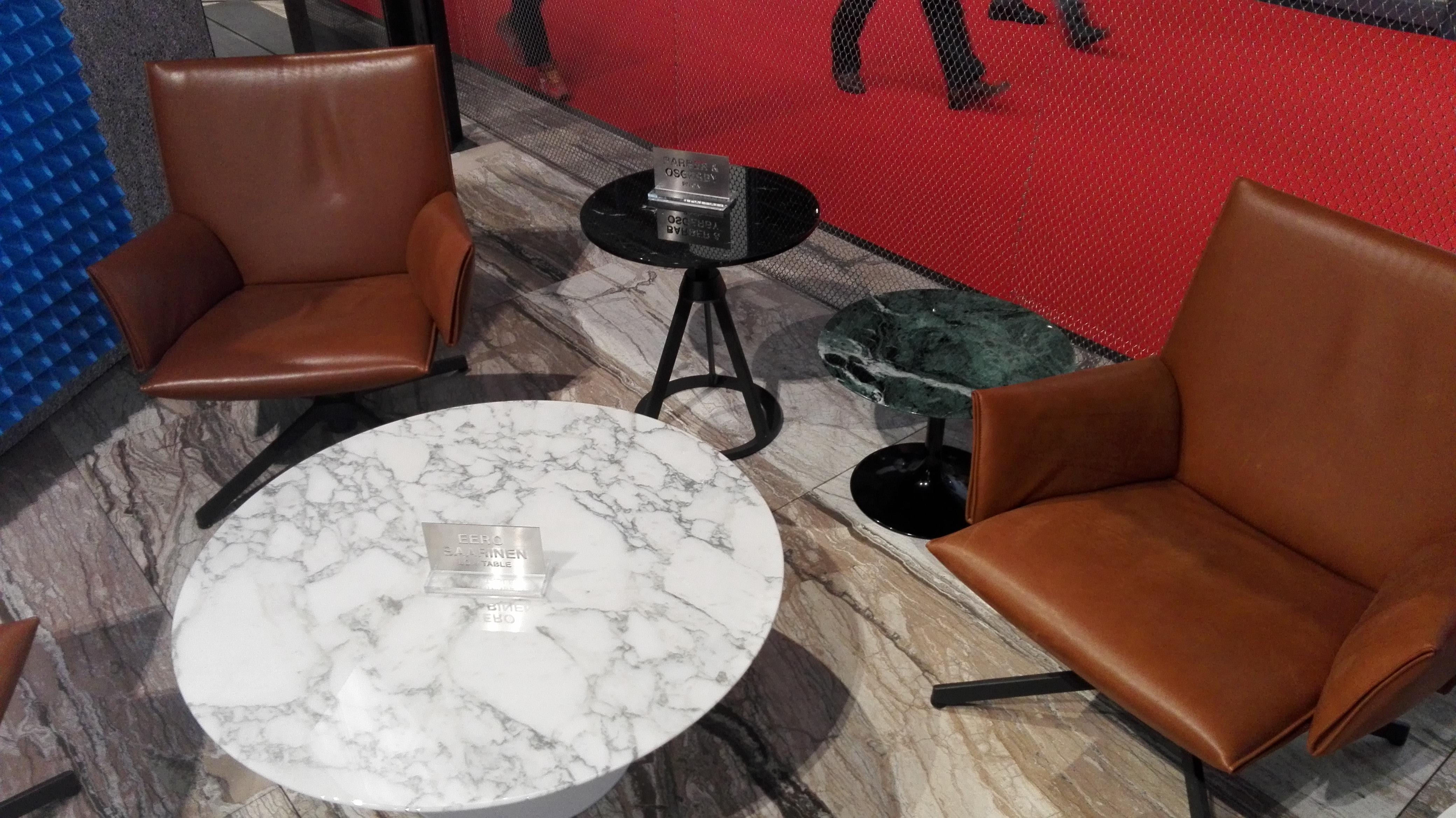 Klubska mizica iz marmorja